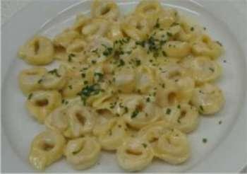 Tortellini in Käse-Sahne-Soße