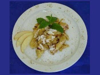 Apfelstrudel mit Vanillesauce