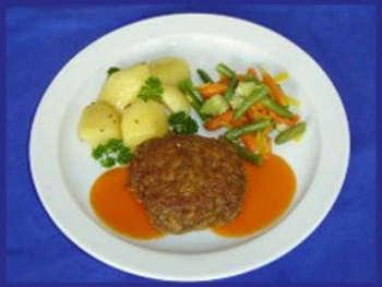 Fleischküchel mit Mischgemüse