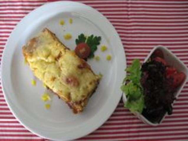 Lasagne mit Salat