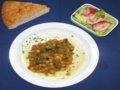 Gemüseragout mit Kartoffeln und Salat