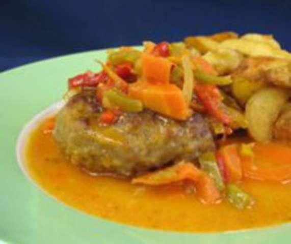 Frikadellen (Rind/Schwein) mit Kartoffelpüree + Gemüse