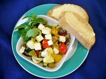 Kartoffel-Gemüse-Pfanne mit geb. Camembert