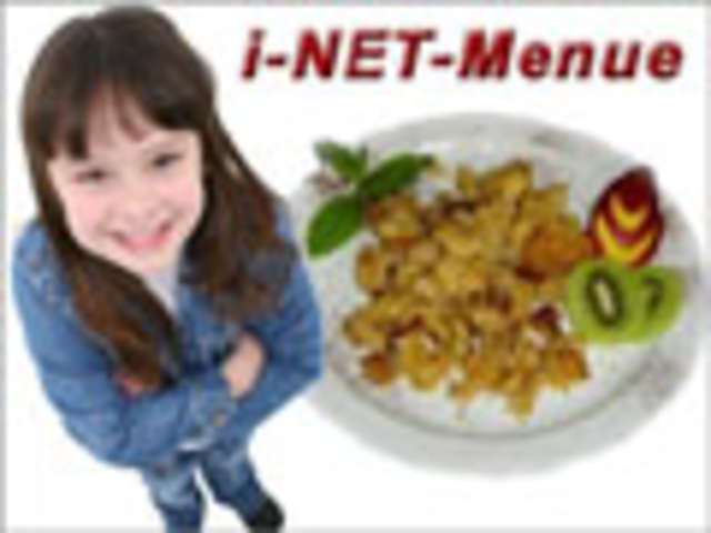 Wrap mit Gemüsefüllung dazu Schwedenmixsalat mit Joghurtdressing