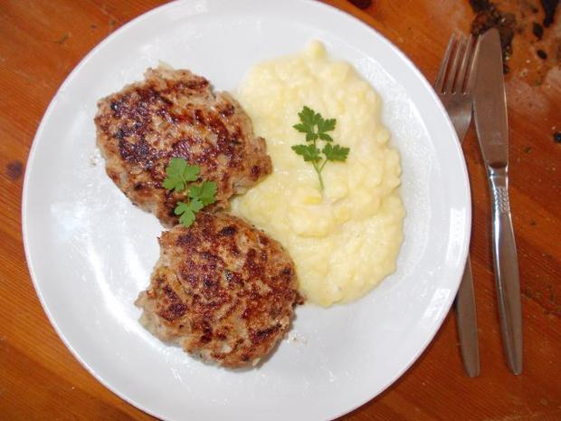 Fleischküchle mit Püree