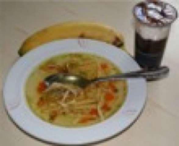Pfannkuchensuppe - Joghurt - Obst