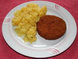 Gemüseschnitzel mit Kartoffelsalat und Obst