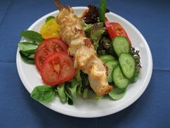 Salatteller Franz. Art mit Hähnchenspieß