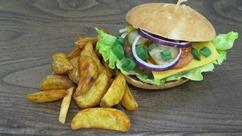 """Hamburger """"Texas frightening"""" vegetarisch, Wedges"""