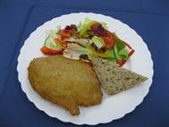 Salatteller mit Hähnchenschnitzel BWO