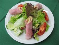 Salatteller gemischt mit Käse & Schinken (Pute)