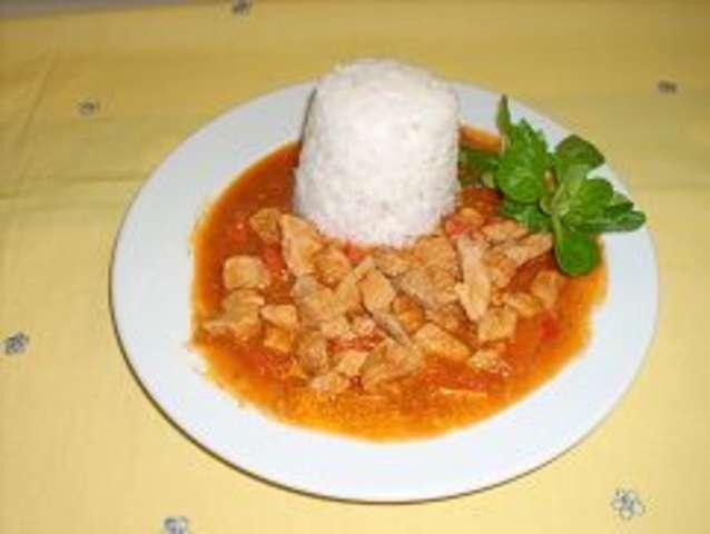 Paprikagulasch mit Reis