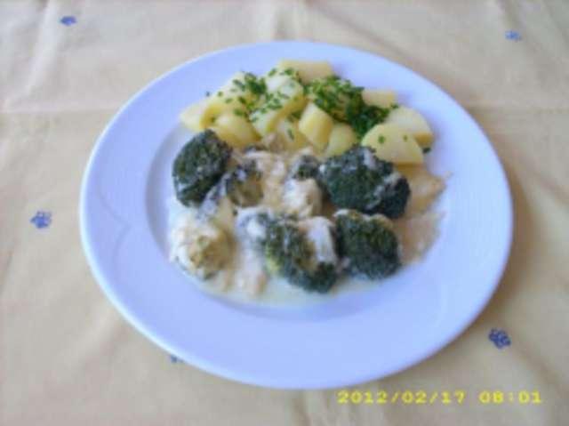 Überbackener Boccoli mit Salzkartoffeln
