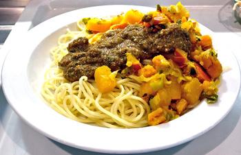 Spaghettini mit Kürbisgemüse