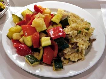 Pilzrisotto mit geschmortem Gemüse