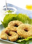 Gemüse Knusper Bagel mit Salzkartoffeln und Vegetarischer Bratensauce