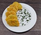 Gemüse Nuggets dazu Salzkartoffeln und Paprika Rahmsauce