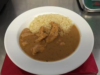Putengeschnetzeltes mit Reis