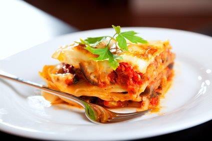 Gemüse-Lasagne mit Salat