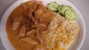 Geschnetzeltes, Reis, Salat