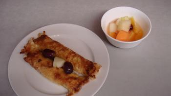 Pfannkuchen gefüllt, Obst