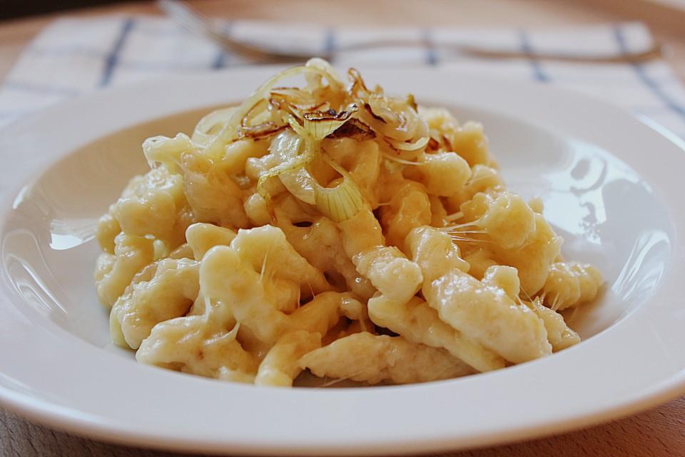Schwäbische Käsespätzle