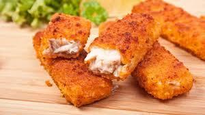 Fischstäbchen mit Pfannengemüse und Kartoffelpürree